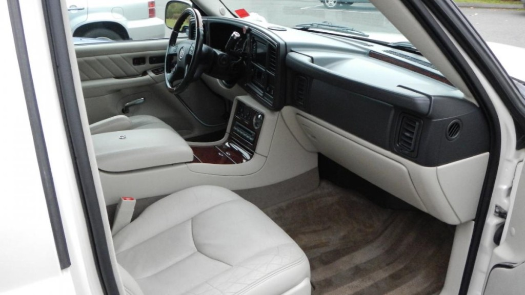 Interior car detailing ct interior car cleaning in - Interior car cleaning los angeles ...